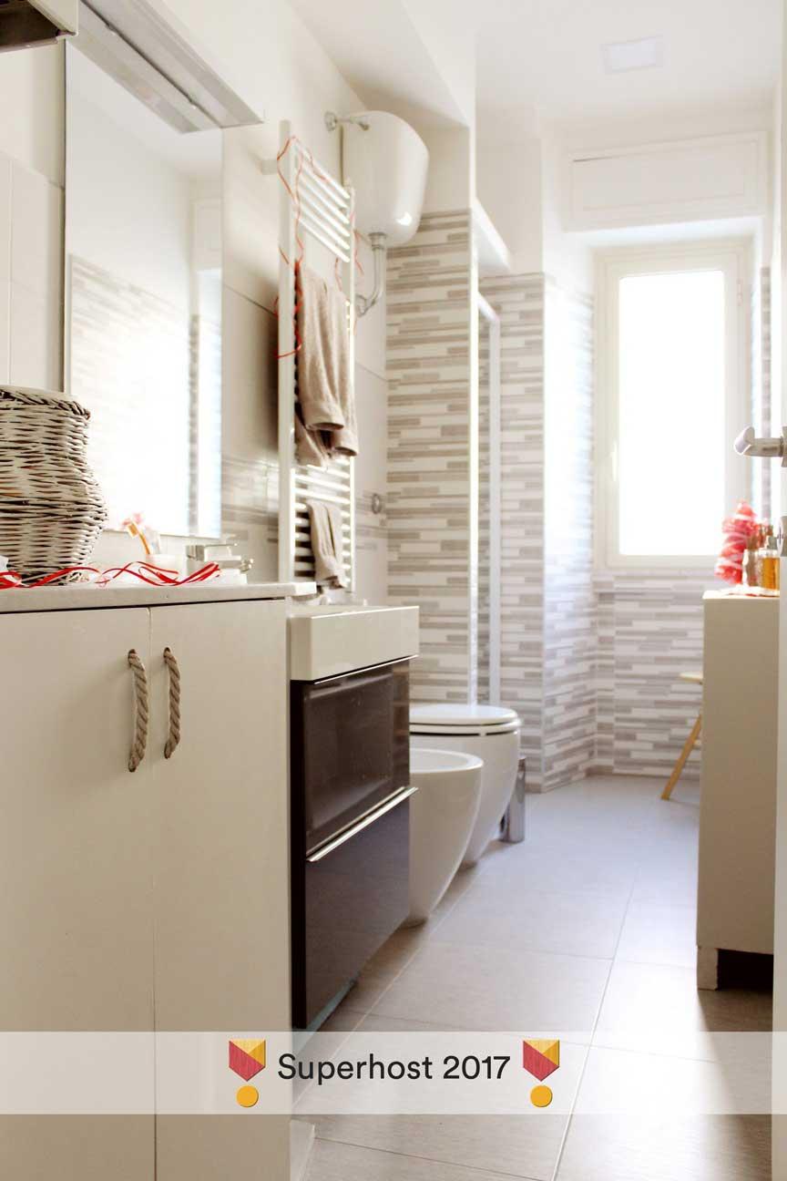 Bagno basso excellent arredamento bagno with bagno basso - Costo di un bagno ...