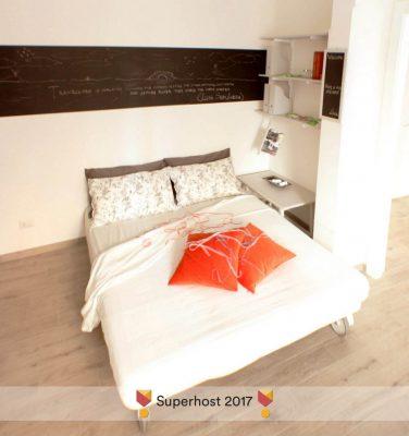 STEREO'Glu ApARTment - Living room - Divano letto aperto