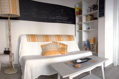 STEREO - Sofa Bed - Angled View - Divano Letto - Vista d'angolo