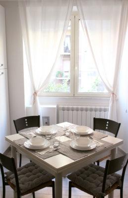 STEREO - Kitchen - Table -  Cucina - Tavola Apparecchiata