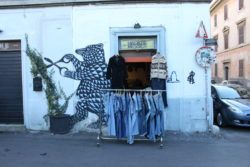 Roma - Pigneto - Negozio di abbigliamento