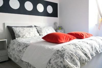 STEREO - Bedroom - Angled view - Camera da letto - Vista d'angolo